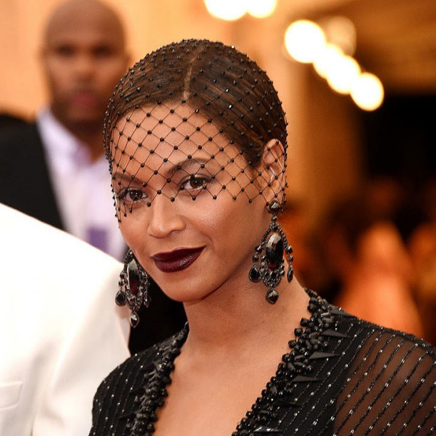 Pictures-Beyoncé-Hair-Makeup-2014-Met-Gala