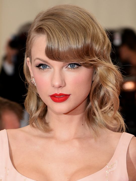 met-gala-2014-taylor-swift-makeup-w540