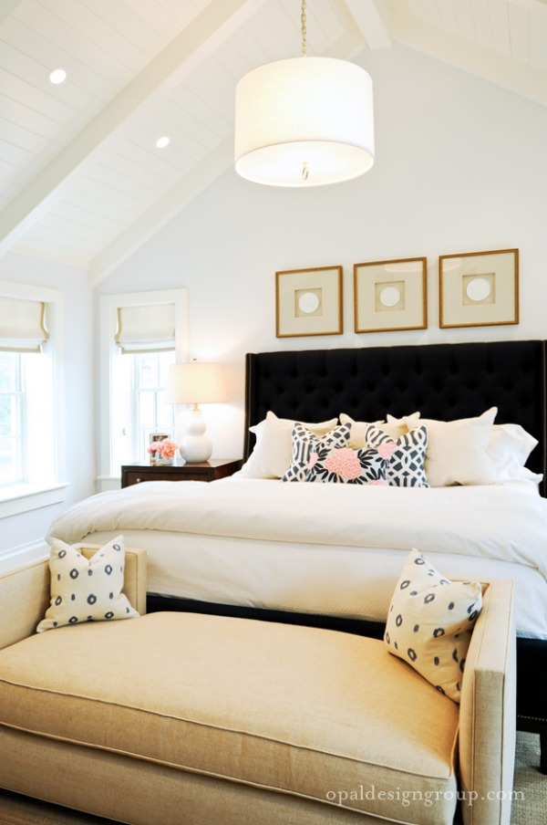 Modern-white-bedroom-chandelier