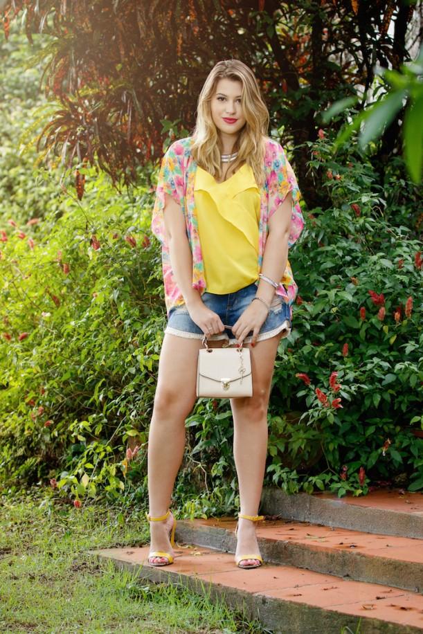 d363a6ea0 Look do dia: quimono floral + shorts jeans | Niina Secrets | Bloglovin'